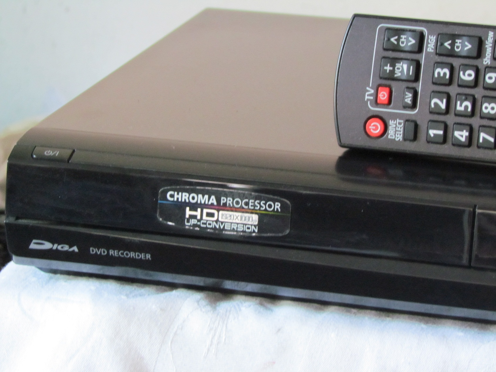 dvd festplattenrecorder panasonic dmr eh545 fernbed. Black Bedroom Furniture Sets. Home Design Ideas